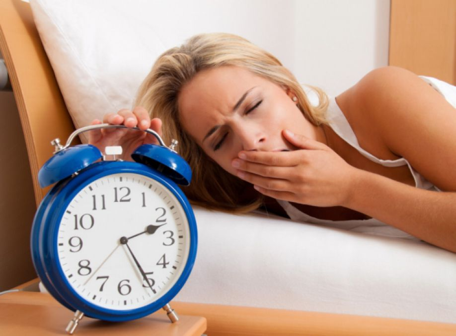 Сладкая и жирная пища ухудшает качество сна